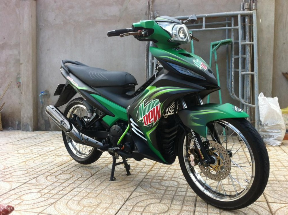 Exciter phien ban nuoc tang luc Mountain Dew - 11