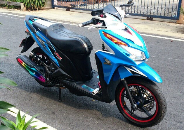 Honda Click 125i do ben Thai Lan