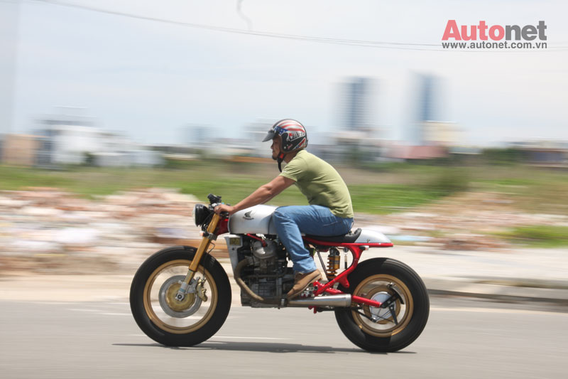 Honda GL400 do Cafe Racer cuc chat tai Da Nang - 3