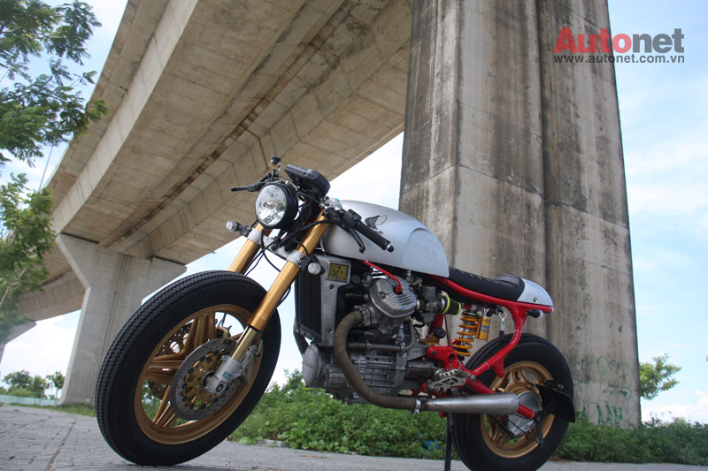 Honda GL400 do Cafe Racer cuc chat tai Da Nang - 4