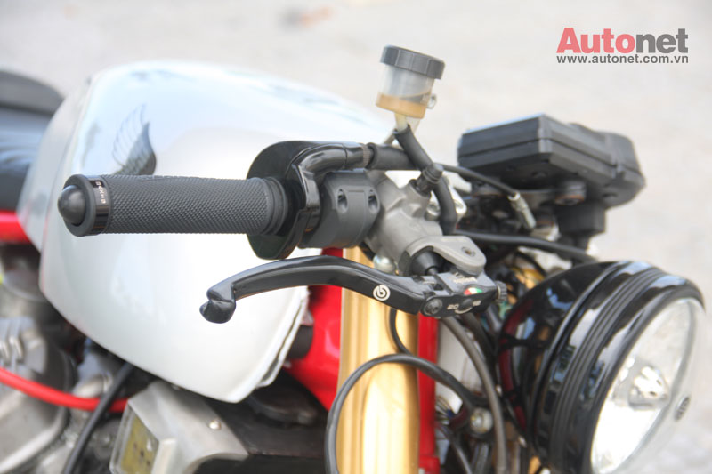 Honda GL400 do Cafe Racer cuc chat tai Da Nang - 6