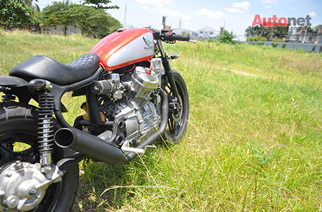 Honda GL400 do Cafe Racer ham ho