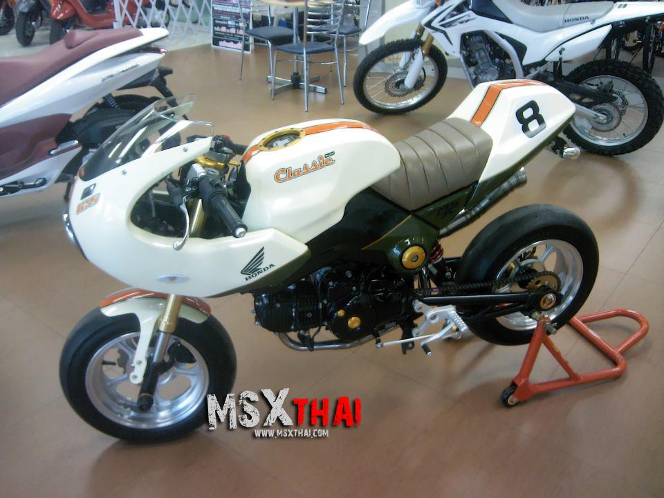 Honda MSX do Cafe Racer voi po con sau - 3