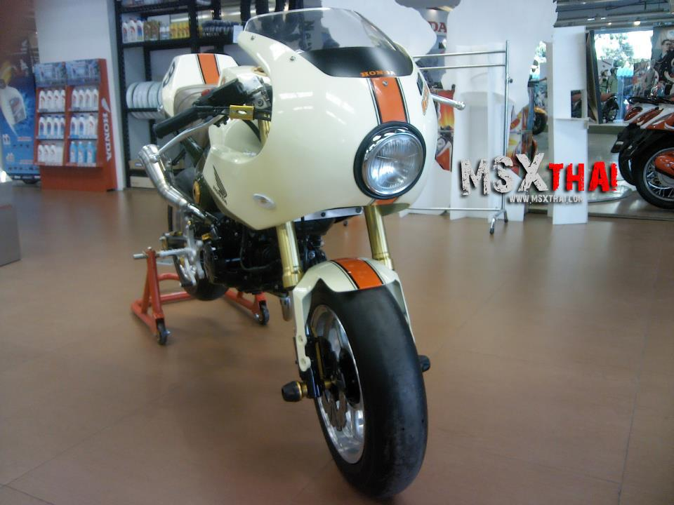 Honda MSX do Cafe Racer voi po con sau - 4