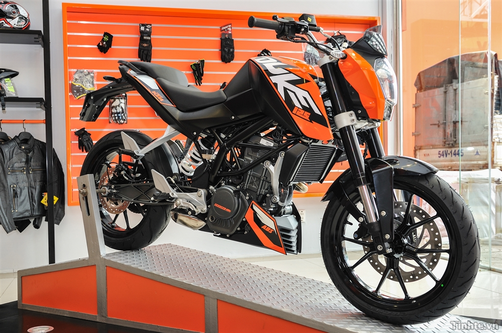 KTM TPHCM 125 ABS 200 ABS 200 Wo ABS 390 ABS 690 11 - 2