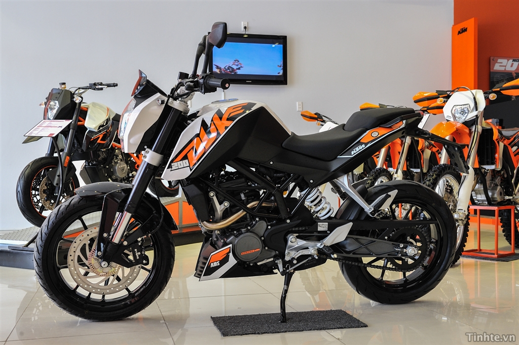 KTM TPHCM 125 ABS 200 ABS 200 Wo ABS 390 ABS 690 11 - 4