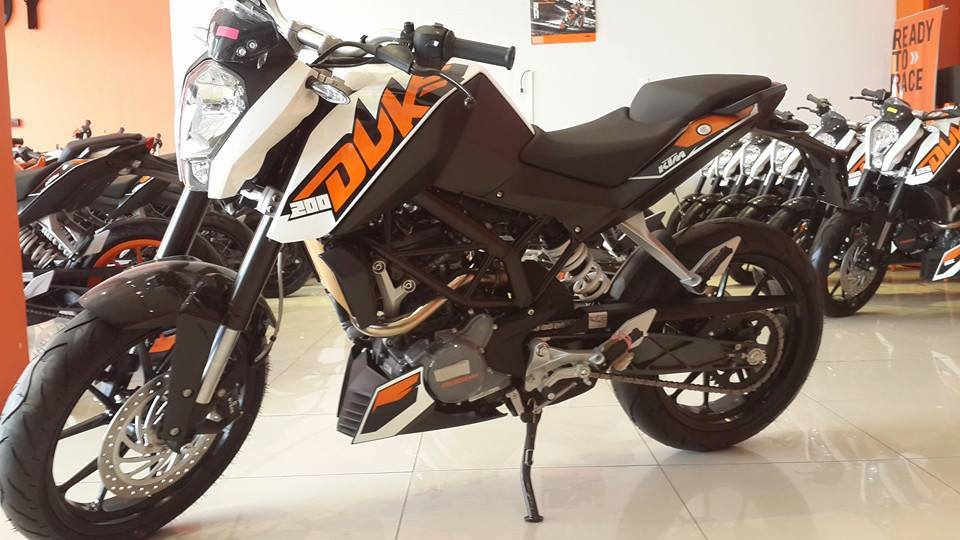 KTM TPHCM 125 ABS 200 ABS 200 Wo ABS 390 ABS 690 11 - 6