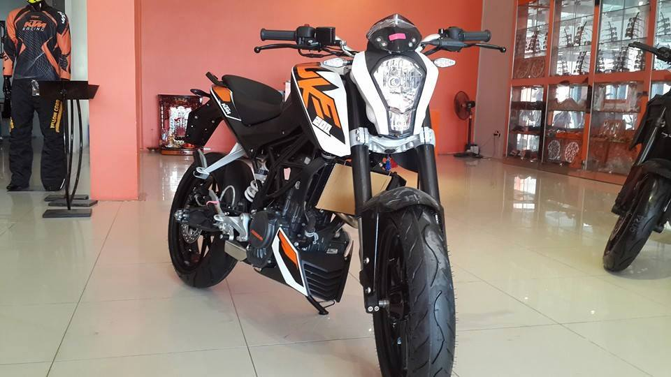 KTM TPHCM 125 ABS 200 ABS 200 Wo ABS 390 ABS 690 11 - 7
