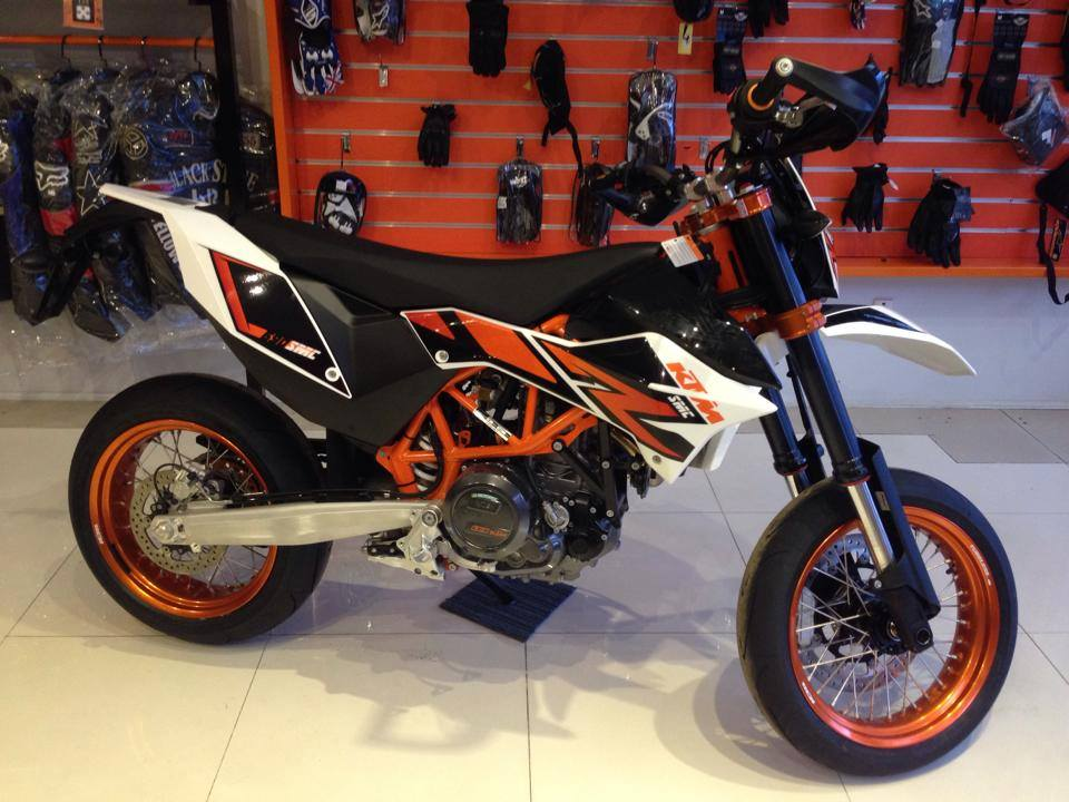 KTM TPHCM 125 ABS 200 ABS 200 Wo ABS 390 ABS 690 11 - 10