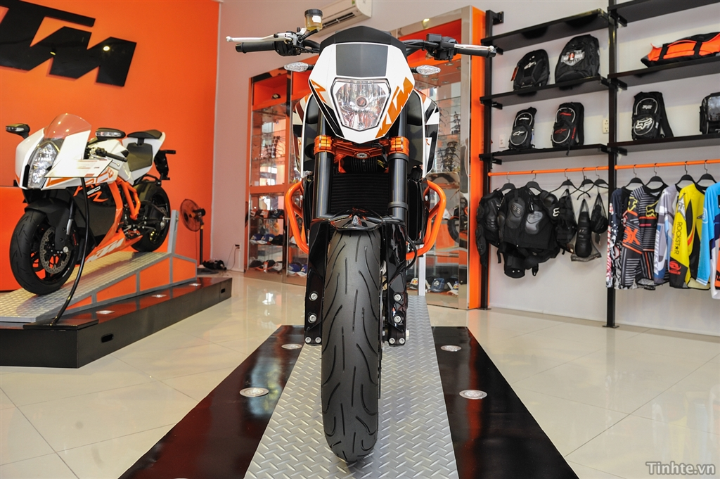 KTM TPHCM 125 ABS 200 ABS 200 Wo ABS 390 ABS 690 11 - 14