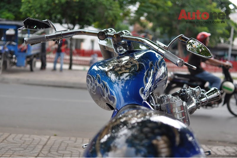 Sieu moto Big Dog Custom One voi dong co 2000cc tai Viet Nam - 10