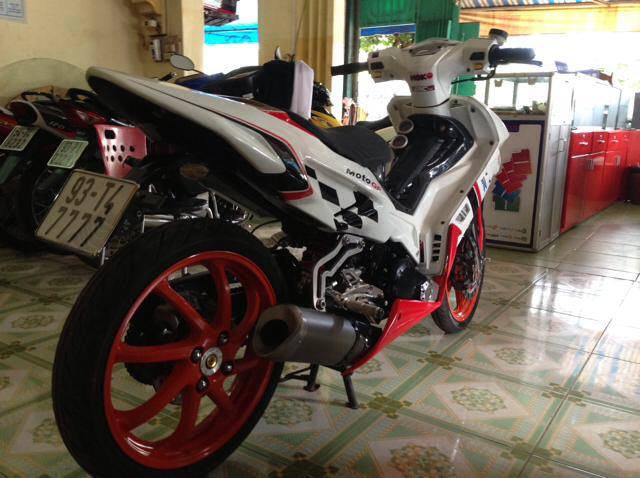 Yamaha Exciter do theo phong cach xe moto dua the thao - 4