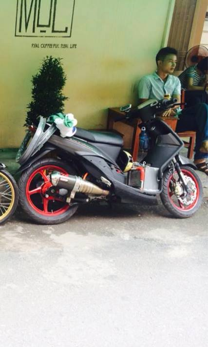 Yamaha Mio ket nuoc deo Ohlins cuc cool