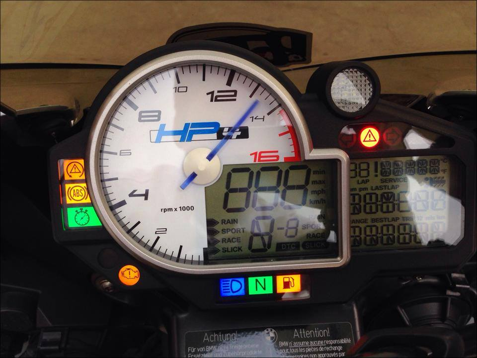 BMW HP4 ben Thai that tuyet voi - 8