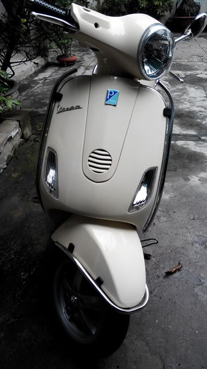 Can ban VESPA LX 125 khoa tu mau vang DK 52010 co hinh that - 2