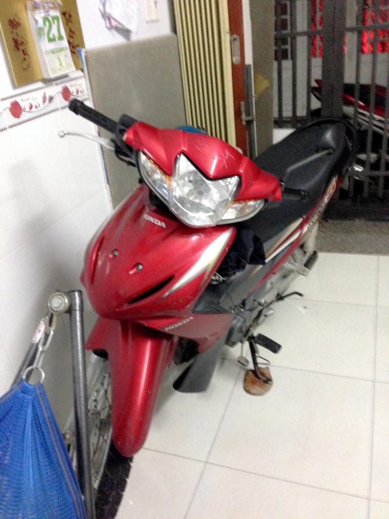 Can ban xe honda wave S 110 mau do den nguyen zin