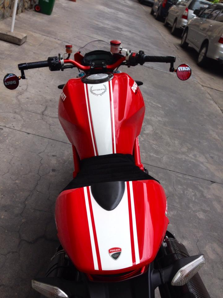 Ducati Monster 1100S ABS 2010 an tuong tren pho Viet - 5