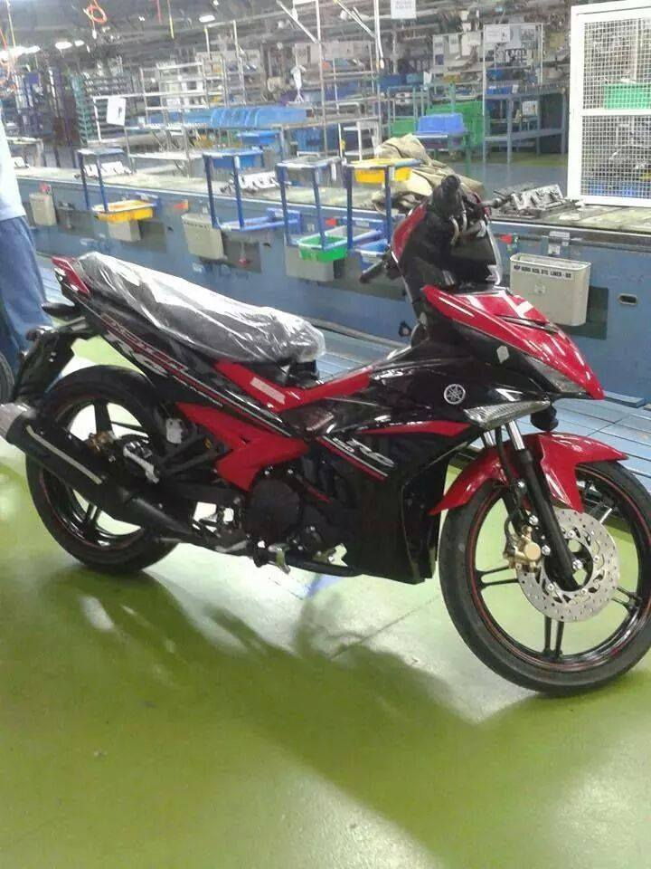 HOT Exciter 150 lo anh trong nha may - 2