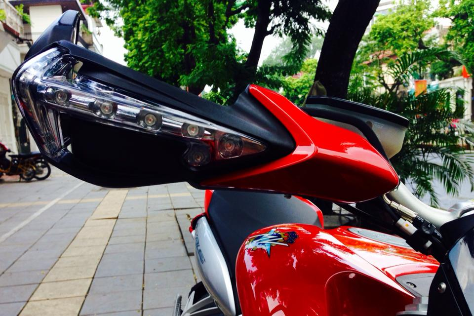 MV Agusta Rivale 800 co the dat van toc toi da 245 kmh - 3