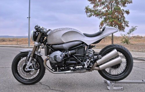 BMW R NineT do cafe racer vo cung ham ho - 3