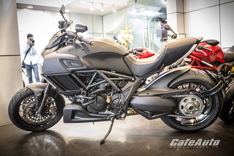 Can canh tung chi tiet Ducati Diavel 2015 tai Viet Nam - 3
