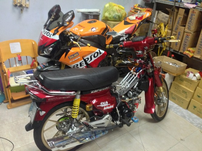 Dream chien 4 quy 2 sanh vai cung CBR1000RR
