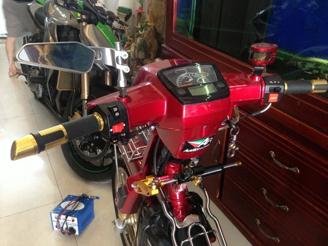 Dream chien 4 quy 2 sanh vai cung CBR1000RR - 3