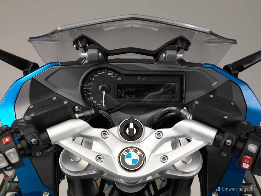 nhung chi tiet ve BMW R1200RS 2015 sap duoc tiet lo - 5