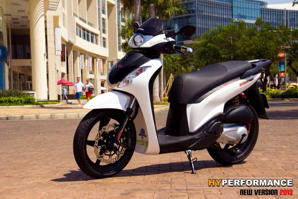 SH150i sang trong voi phong cach sporty