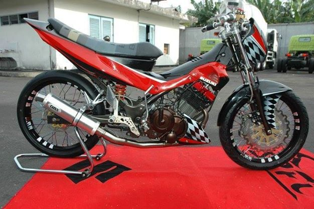 Ngam chiec Suzuki Raider do kha ham ho - 4