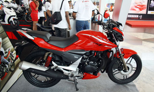 Hero Etreme Sport doi thu Yamaha Fz tai An Do - 6