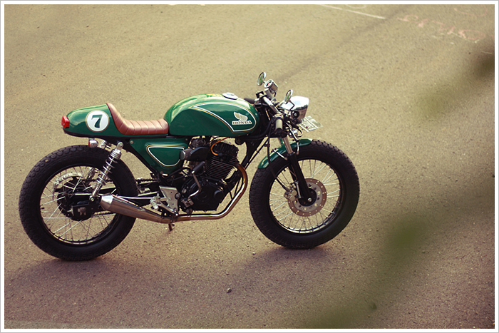 Honda GL200 do Cafe Racer - 7
