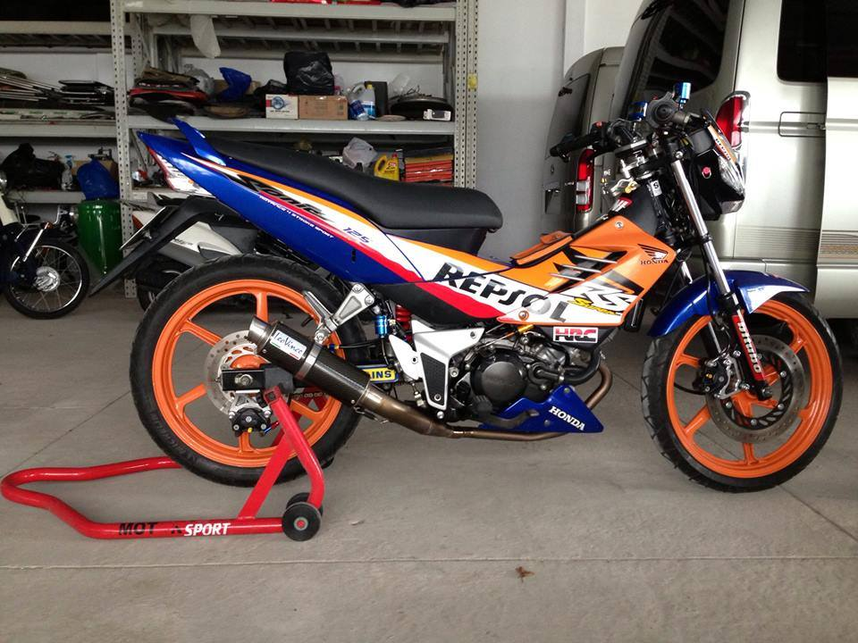 Honda Sonic Repsol do cuc chat choi - 5
