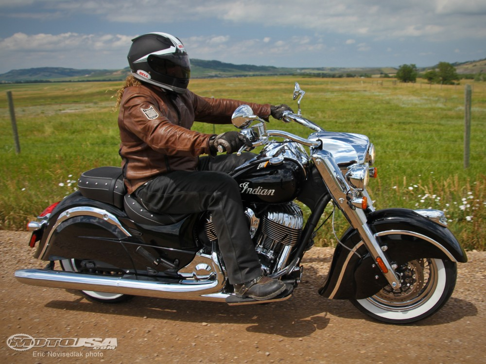 Indian Chief Classic chiec cruiser gia tot nhat nam 2014 - 5