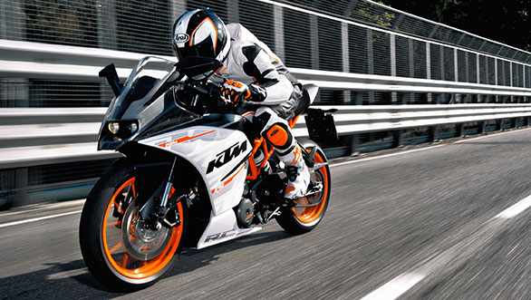 KTM RC390 co gia 5499 USD tai My - 2