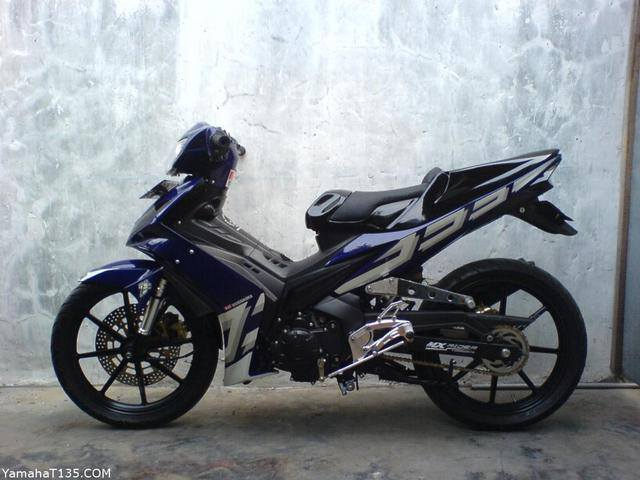 Them vai chiec Exciter do cho fan Yamaha - 3