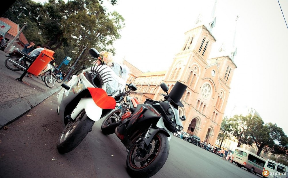 Cap doi Hayabusa va YZF R1 Get Married tai Sai Gon
