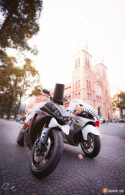 Cap doi Hayabusa va YZF R1 Get Married tai Sai Gon - 7