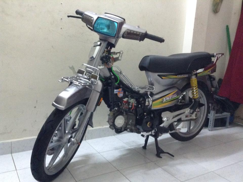 Honda dream do sac net trong dem