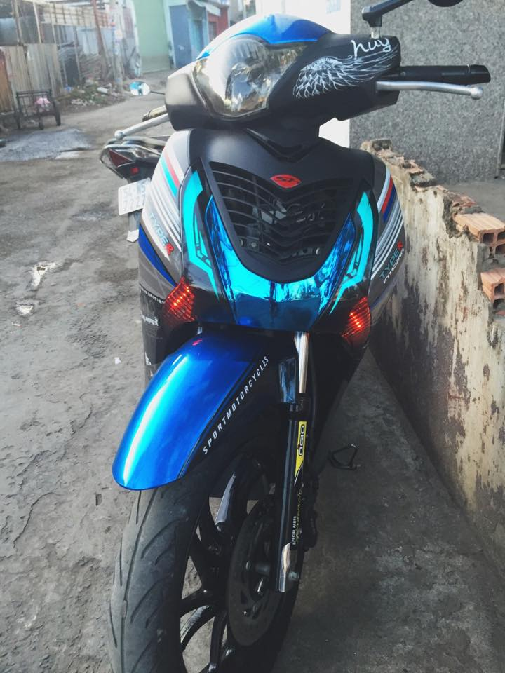 Honda SH do phien ban Ready to Race cua mot biker Sai Gon - 2