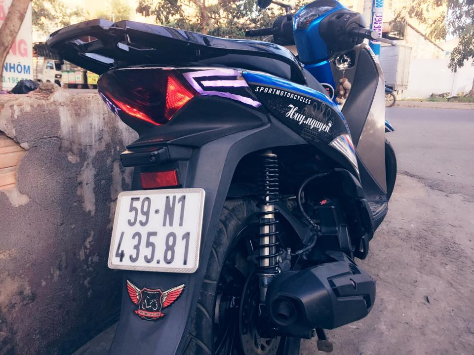 Honda SH do phien ban Ready to Race cua mot biker Sai Gon - 4