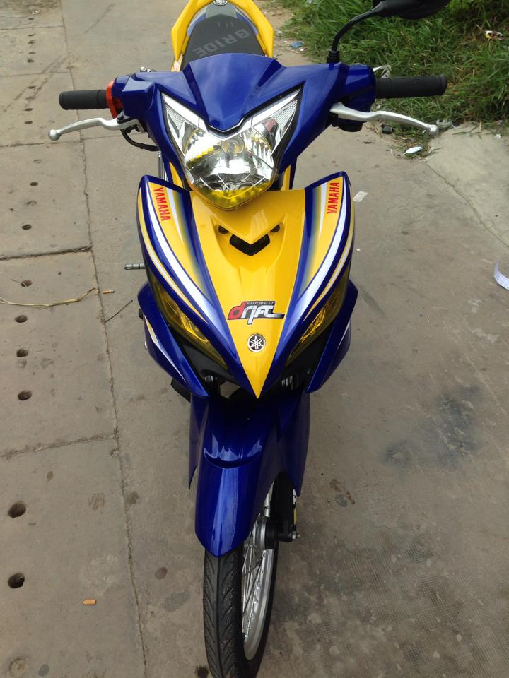 Exciter 135cc phien ban moi dep nhe tung nhung duong net - 2
