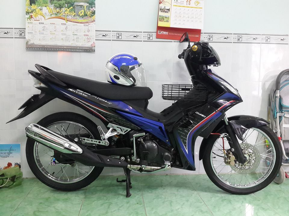 Exciter 135cc do theo phong cach huyen thoai