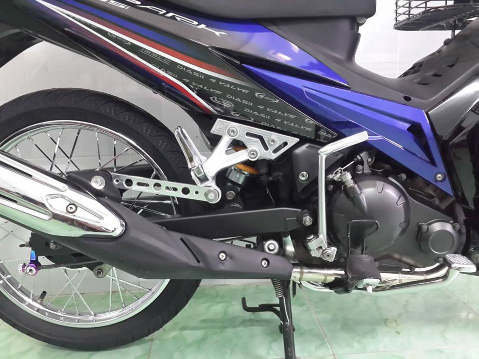 Exciter 135cc do theo phong cach huyen thoai - 2