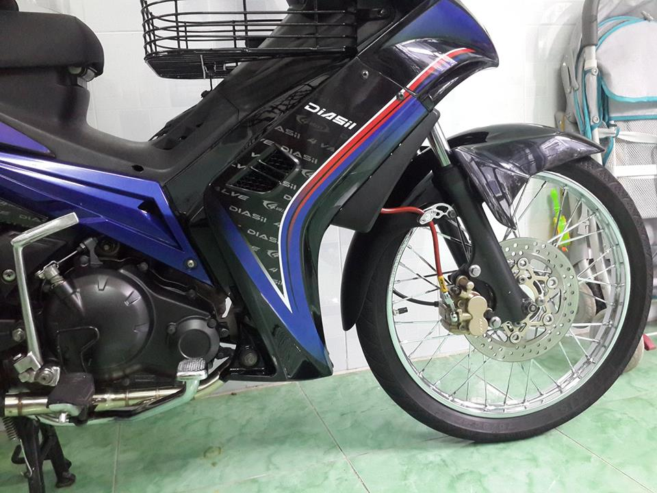 Exciter 135cc do theo phong cach huyen thoai - 3