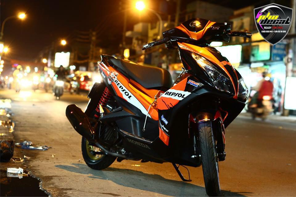 AirBlade 125 do tuyet dep voi phong cach Repsol - 5