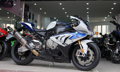 BMW HP4 Dau tien ve Viet Nam