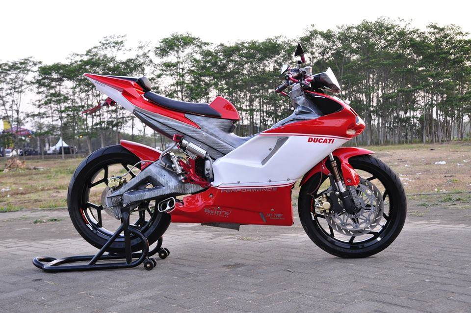 Exciter do cuc chat thanh mot chiec sieu mo to Ducati