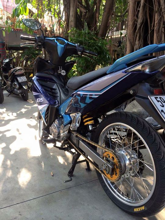 Exciter 135 do banh cam nhe nhang - 2