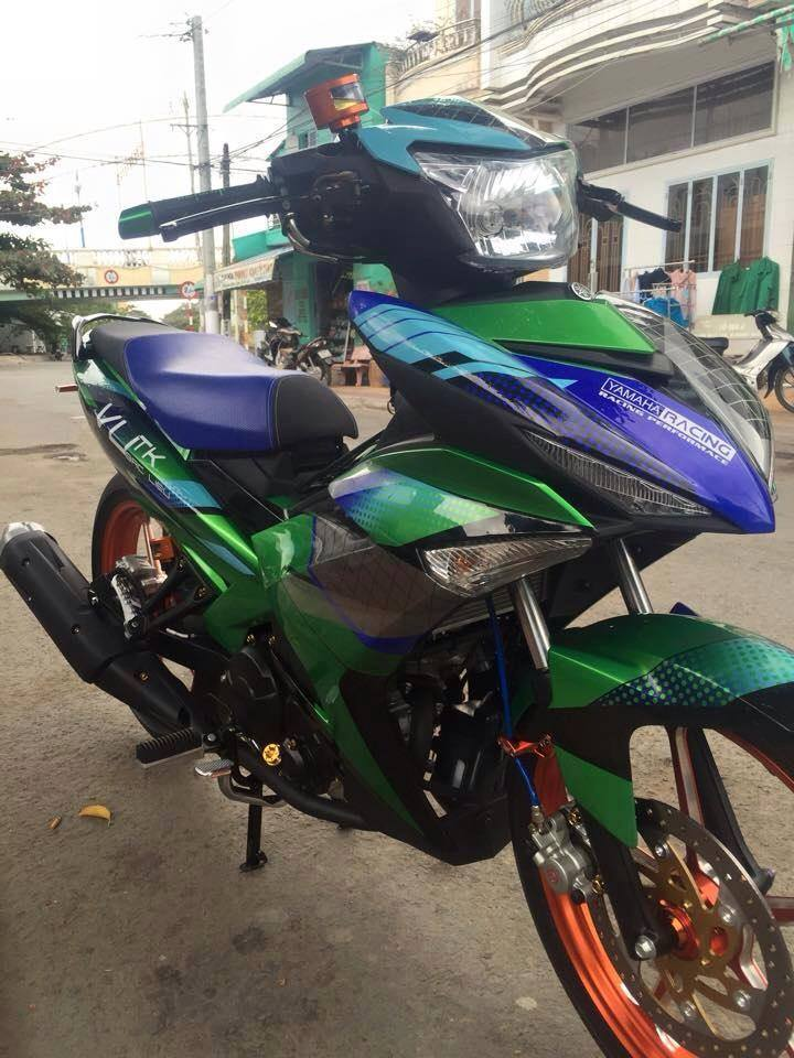Exciter 150 Do kieng cua doi Racing Team - 3